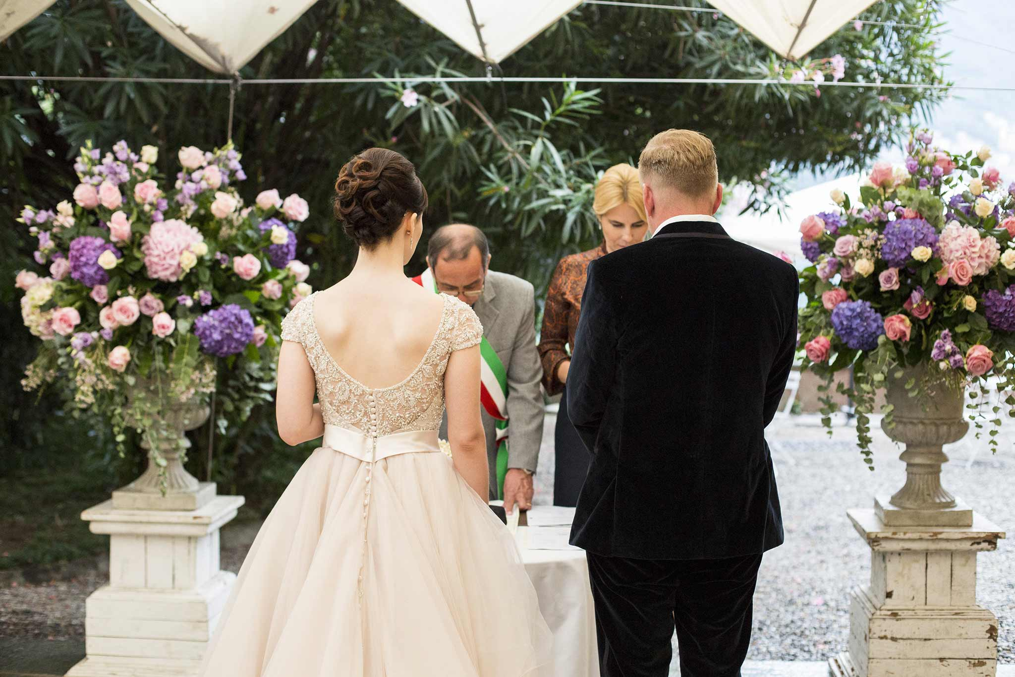 HOW TO GET MARRIED IN ITALY: CIVIL CEREMONIES